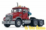 MACK GRANITE tracteur rouge