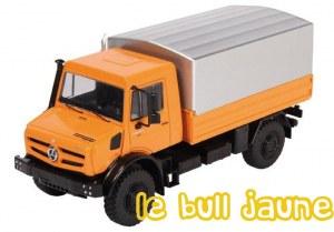 UNIMOG U 5000 orange plateau bâché
