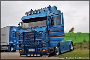 SCANIA 143 Van Hal Transport