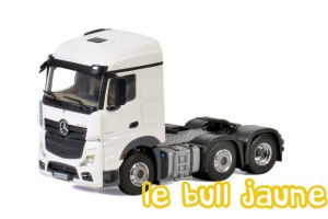 MB ACTROS MP04 6x2 blanc